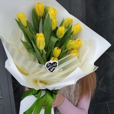 """корпоративный букет """"11 тюльпанов"""""""